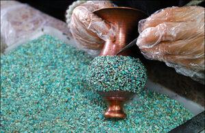 turquoise63 300x195 - هنر فیروزه کوبی بر روی مس، برنج، نقره، ورشو و برنز