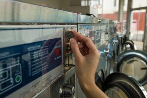 Coin Operated Laundry Equipment 300x200 - ایجاد کسب و کار در صنعت گردشگری (قسمت اول)