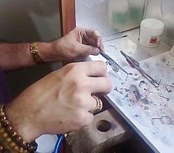 11941746 8534  6384 250x220 - روش ساخت نقره در صنعت نقره سازی