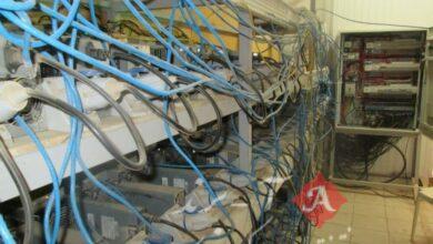 کشف ۳۵ دستگاه استخراج ارز دیجیتال قاچاق از یک سوله متروکه در ساوه